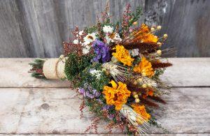 Džiovintų gėlių puokštė
