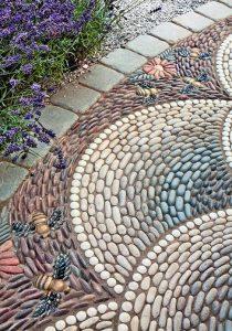 Takeliai iš akmenukų (jūrinių akmenukų mozaika)