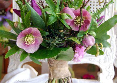 Pavasarinės gėlės (nuotakos puokštė)