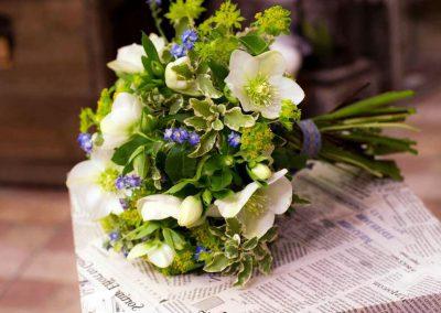 Puokštė vestuvėms su eleborais